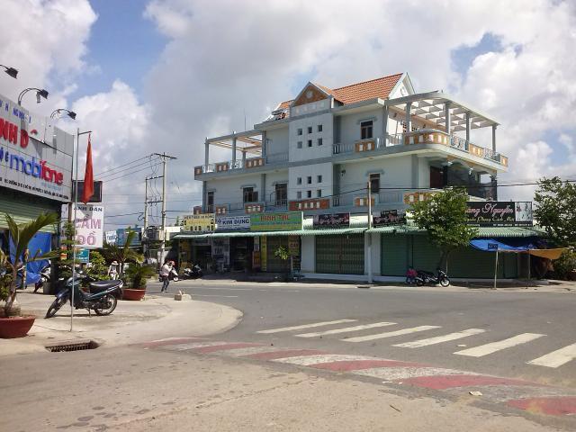 Bán gấp lô i24 hướng Đông đối diện chợ Mỹ Phước 3 BD.